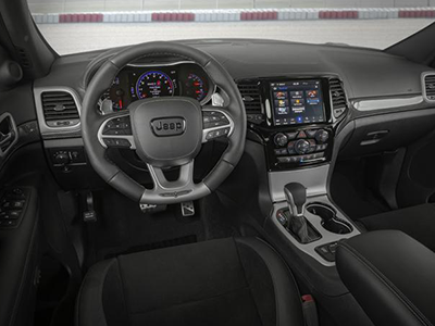 tech features of the jeep grand cherokee