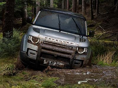 range rover vs defender 2020 design